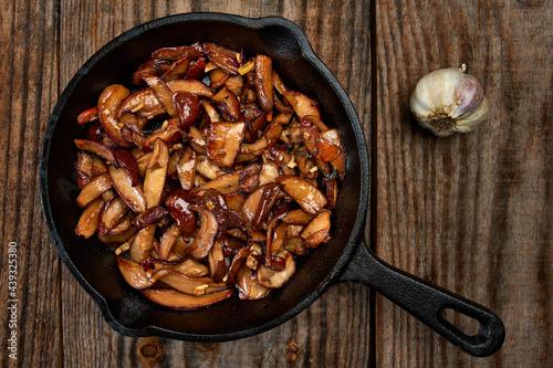 Fotografie, Obraz Sauteed mushrooms with garlic and herbs