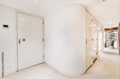 Carta da parati A empty corridor designed in minimalistic style