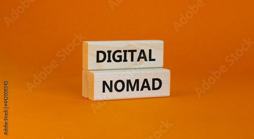 Fotografie, Obraz Digital nomad symbol