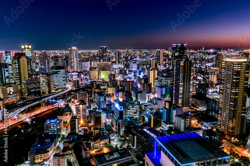 大阪駅周辺の夜景、空中庭園からの夜景、11月、日本