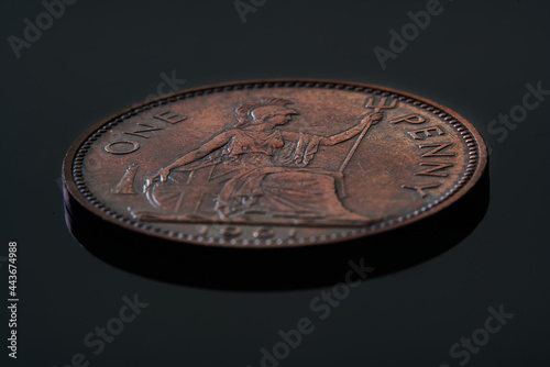 Foto antique coin of great britain, penny of 1918 year