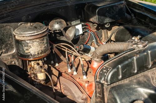 Obraz na plátně Classic Pontiac Silver Streak