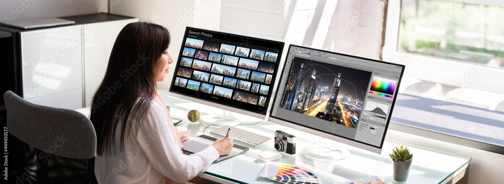 Obraz Professional Graphic Designer Woman Working fototapeta, plakat