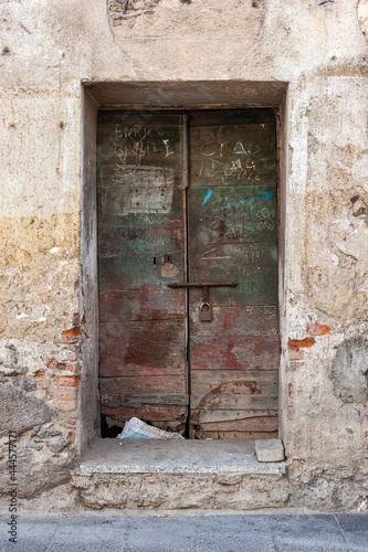 Fotografie, Obraz porta, portone, finestra, ruderi, abbandonati, case vecchie, colore