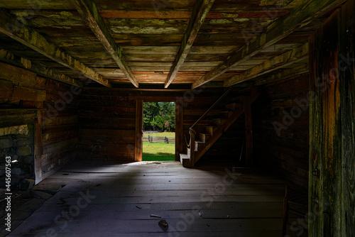 Vászonkép Inside the Brotherton Cabin at Chickamauga Battlefield