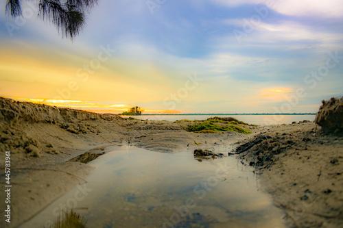 Canvas Print lowtide sunrise sand