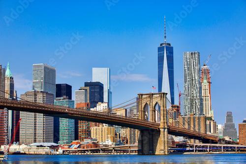 Fototapeta Brooklyn Bridge and Financial District, Manhattan, New York