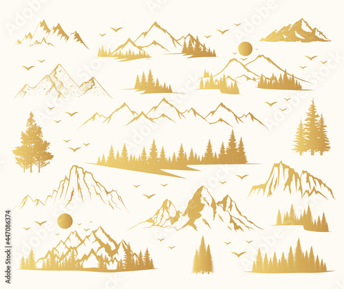 Photographie Golden Mountain shapes and fir forest trees collection