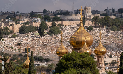 Fotografie, Obraz Onion-shaped golden domes of the Church of Mary Magdalene, Russian Orthodox Christian church, the Mount of Olives, East Jerusalem