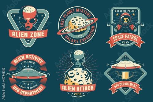 Fotografia UFO badge with alien vintage set