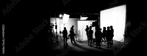 Valokuva Silhouette images of film production