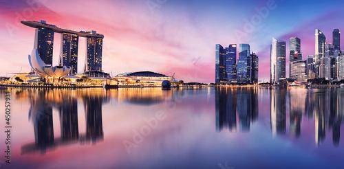 Obraz na płótnie Singapore city skyline at night