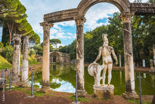 Villa Adriana Roman archaeological complex at Tivoli, Italy Fototapeta