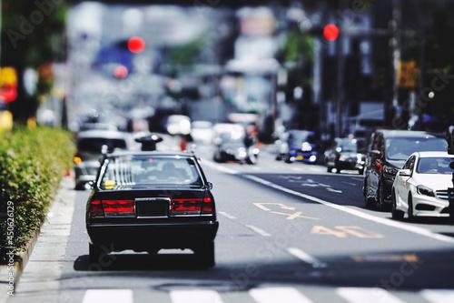 Fotografiet 日本の道路とタクシー