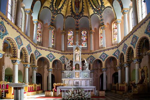Foto The interior of the parish church in Ostrów Wielkopolski