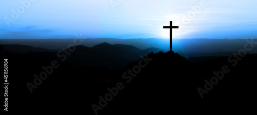 Foto Religious grief landscape background banner panorama - View with black silhouett