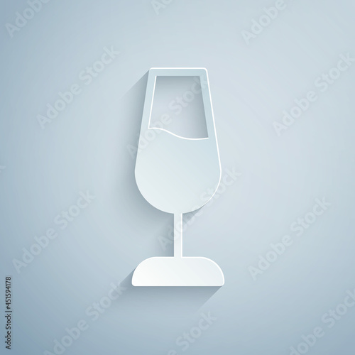 Paper cut Wine glass icon isolated on grey background Fototapete