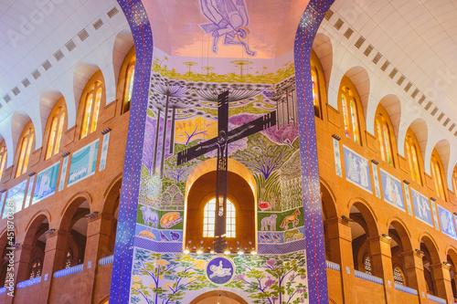 Valokuvatapetti Crucifixo na Catedral