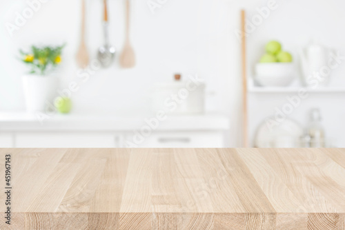 Canvastavla Wood table top on blur modern kitchen room counter background