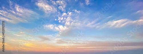 Slika na platnu Early morning dramatic sky off the gulf coast of Florida