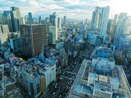 Fototapeta 大阪市北区 駅前第3ビル最上階から見る都市風景