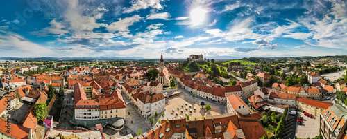 Foto Aerial Panorama View on Ptuj Town in Slovenia