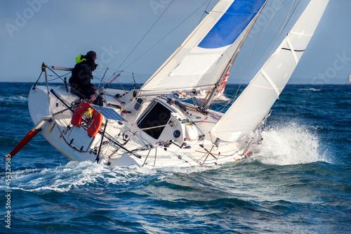 Fotografie, Obraz skipper sailing on yacht  regatta