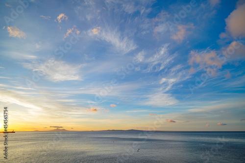 Fotografie, Tablou 夜明けの空と海