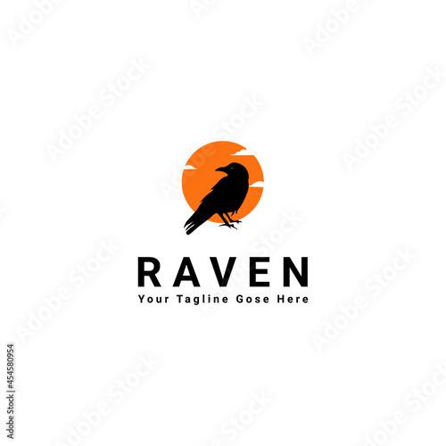 Foto Raven logo design