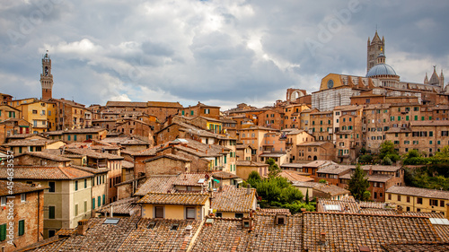 Fototapeta premium Old town of Siena