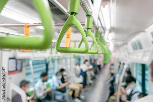 Fotografia 吊り革・電車