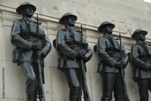 Obraz na płótnie Guards Memorial at Horse Guards Parade in London