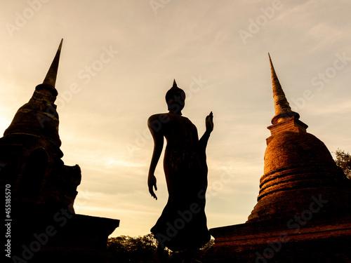Amazing scene in Sukhothai Historical Park, Thailand. Fototapeta