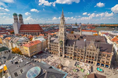 Tela Munich Germany, high angle view city skyline at Marienplatz new Town Hall Square