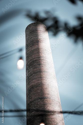Murais de parede chimney on a roof