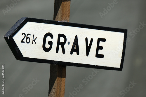 Fotografia Road sign depicting town deeply involved in operation Market Garden