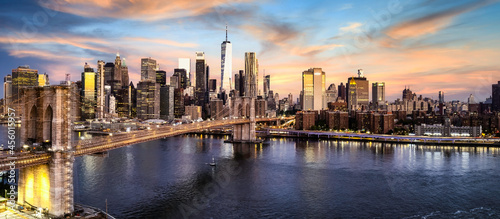 Fotografie, Obraz Brooklyn Bridge over lower Manhattan
