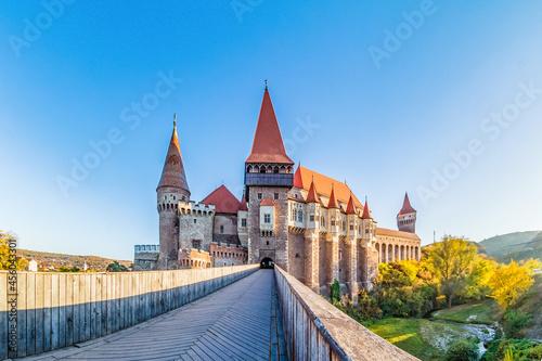 Fotomural Medieval Hunyad Corvin castle in Transylvania region, Romania