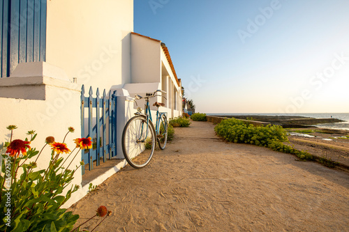 Fotografija Villa en bord de mer sur l'île de Noirmoutier en Vendée, France.