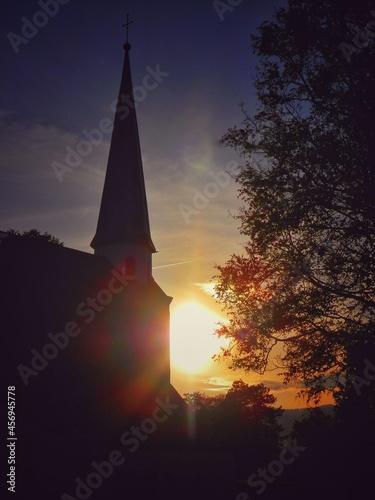Canvas-taulu Pôr-do-sol/ igreja
