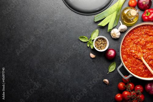Obraz na plátně Tomato sauce culinary concept, top down view