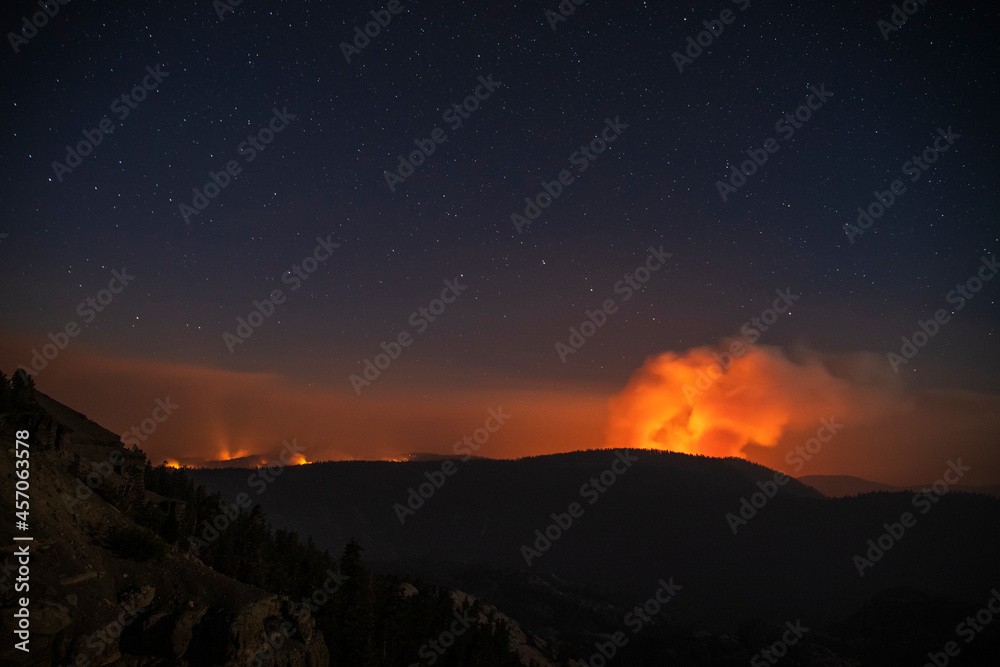 Caldor Fire from Carson Spur Vista Point