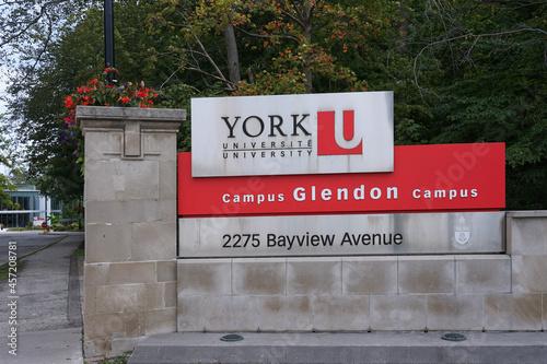 Fototapeta premium Entrance gate to the midtown Glendon College campus of York University.