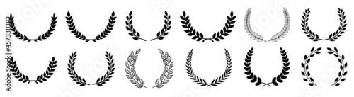 Obraz na plátně Circular laurel foliate vector icon
