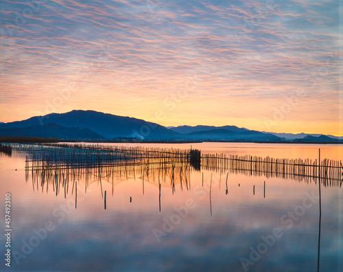 Tableau sur Toile 滋賀県 近江八幡市 近江八幡の水郷養殖と夜明け