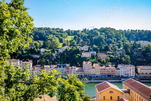 Fototapeta Vue sur la colline Fourvière et la ville de Lyon