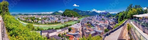 Fotografie, Obraz Blick vom Mönchberg auf die Altstadt von Salzburg, Österreich