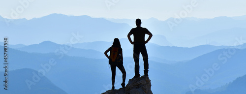 Leinwand Poster Couple Enjoying the View
