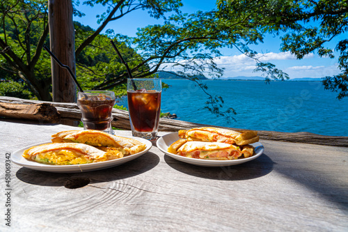 Stampa su Tela 琵琶湖が見えるテラスで食べるホットサンド