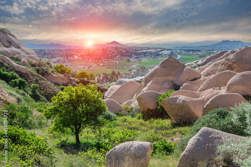 Canvas Print Beautiful sunset over the pyramidal tuff mountains in the Red Valley in Cappadocia